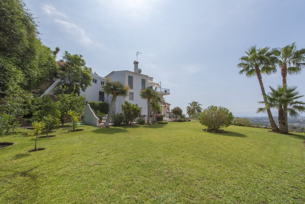 El Herrojo Villa for sale