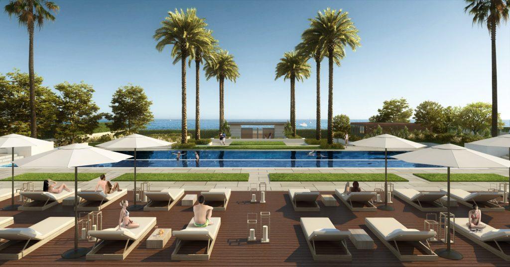 Estepona beach side pool